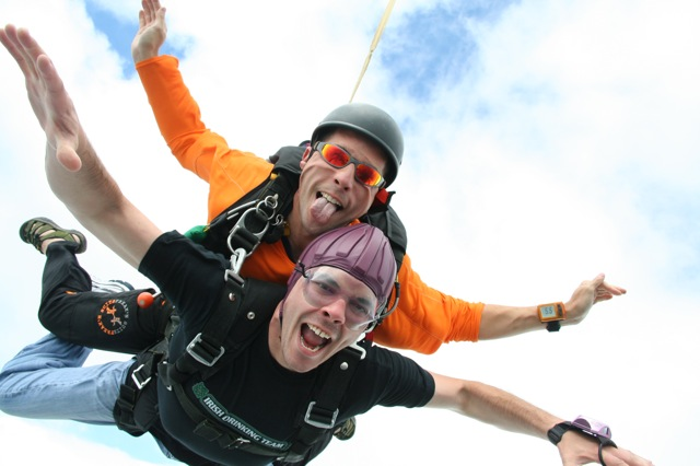 High Adrenaline Extreme DC Christmas Gift Certificates for Washington DC Tandem Skydiving